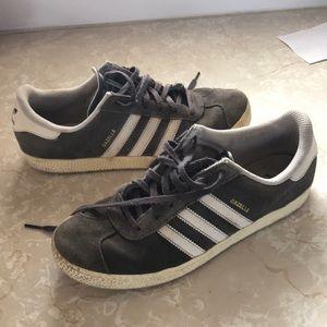 Adidas Gazelle - Gray Suede